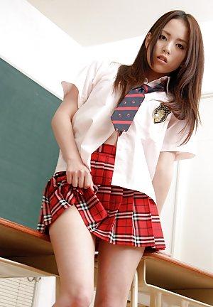 Schoolgirl Pics
